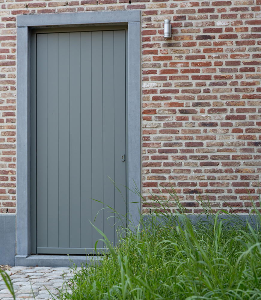 BB promotions fam Straatman te Sluizen ALU Reeks ORIO 70mm retro P901 P910 HOUT reeks MODI N739 deur bi kantelpoort sierluiken (80)